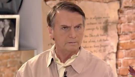 'No Brasil não dá para falar em mais ricos, estão todos sufocados', diz