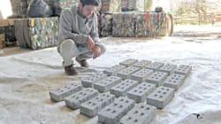 En Argentina han hecho realidad la fabricación de ladrillos con PET para construir