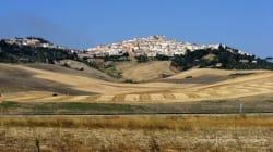 Questo paese della Puglia offre 2 mila euro a chiunque voglia trasferirsi