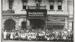 1,000 Holdens Roll Through Adelaide To Mark Sad End Of Australia's Auto