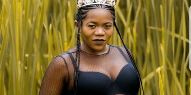 Busiswa is expecting a bundle of joy (very soon).