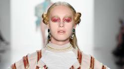 Un montón de vulvas desfilaron en la Semana de la Moda de Nueva
