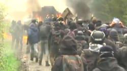 Des zadistes et des gendarmes blessés à NDDL, un blindé en feu et des tirs de fusée vers un