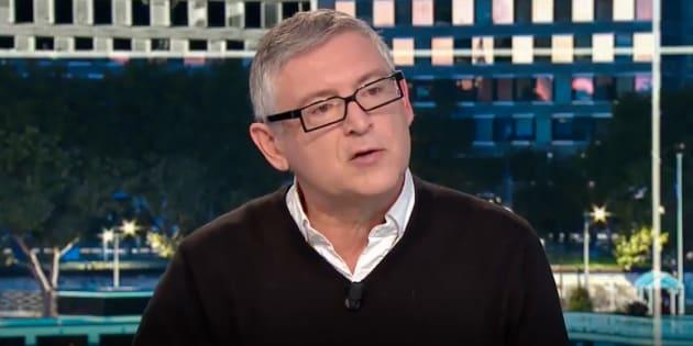 Michel Onfray explique que c'est l'Élysée qui est derrière son éviction du service public.