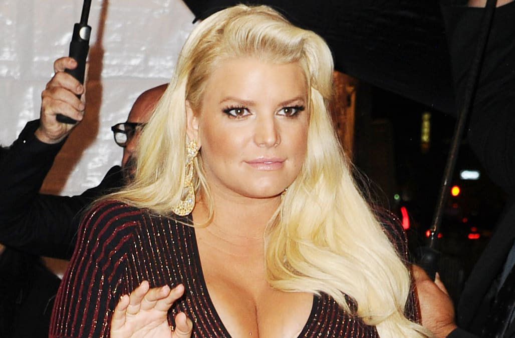 c3596fa82 It's not just Jessica Simpson's once-swollen ankles that are back in  business. The new mom is back in a bikini nearly four months after the  birth of her ...