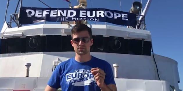 Le bateau anti-migrants C-Star secouru par une ONG pro-réfugiés