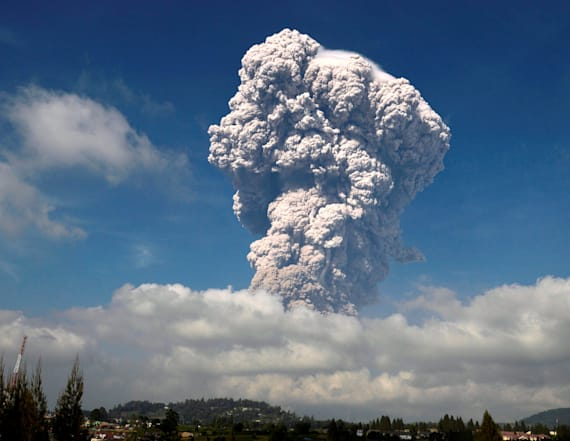 Volcano erupts, sending ash 4 miles into the air