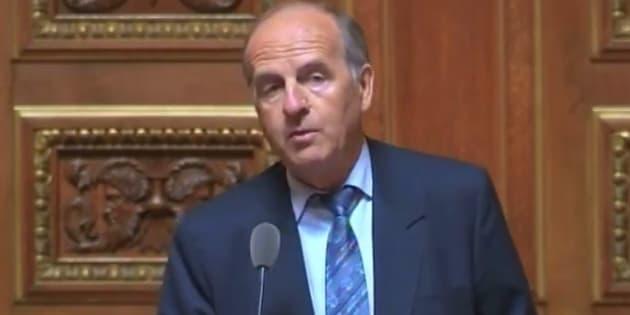 Daniel Laurent dément avoir voulu échanger sa fille pour la garder au Sénat.