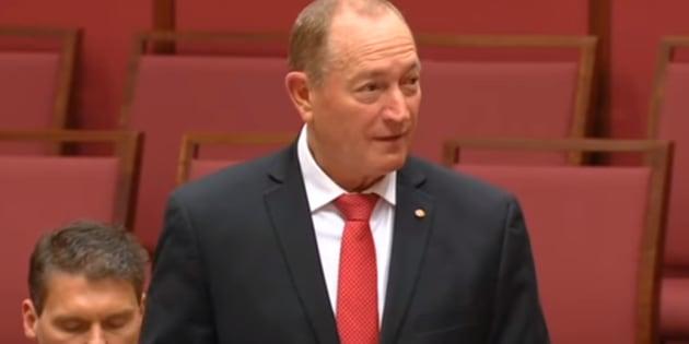 """Migrants: La """"solution finale"""" de ce sénateur australien au """"problème de l'immigration"""" passe très mal."""