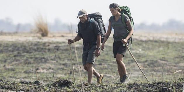 Mike Horn et Laure Manaudou ont traversé seuls la savane du Botswana.