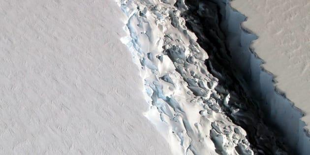 Une faille gigantesque va donner naissance à un iceberg de 5000 km²