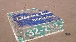 Ce panneau arraché sur la côte Est américaine il y a 6 ans a échoué sur une plage de