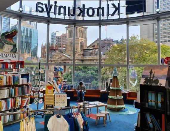 Australia book store slams 'pick-up' artists