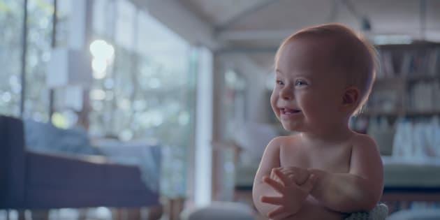 O pequeno Lucca, de 1 aninho, é a estrela da nova campanha de Dia das Mães.