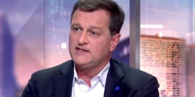 """L'étrange justification de Louis Aliot sur le traitement des journalistes de """"Quotidien"""" et """"Mediapart"""""""