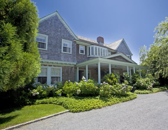 'Grey Gardens' home has finally found a buyer