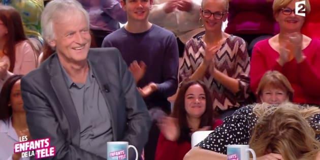 Les Enfants de la télé : Dave fait une blague osée à Louane