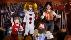 11 famosos que levaram a sério a fantasia de Halloween deste