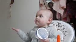 VIDEO: Esta beba deja en claro que no va a comer la 'papa' que le da