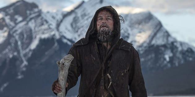 """Leonardo DiCaprio incarne le trappeur Hugh Grass dans le film dans le film d'Aléjandro Gonzalez Iñarritu, """"The Revenant""""."""