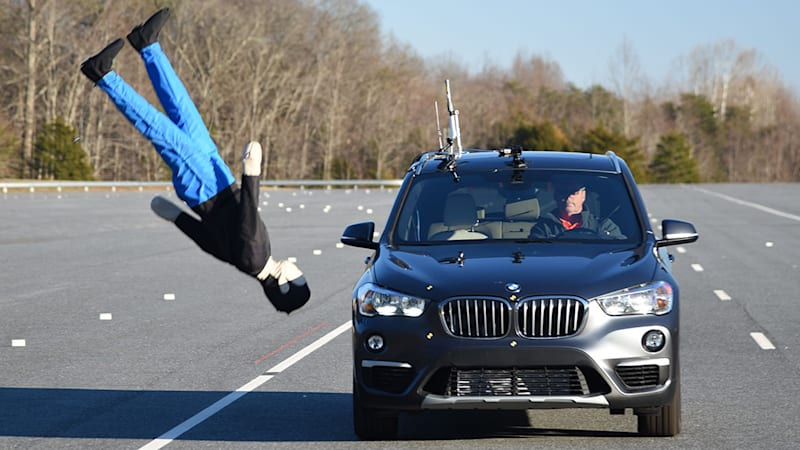 Bmw X1 Flunks New Iihs Pedestrian Safety Test Autoblog