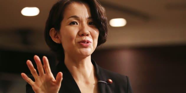 一連の騒動について記者会見する豊田真由子衆議院議員=2017年09月18日、埼玉県新座市