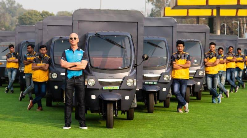 bezos-india-electric-rickshaw.jpg