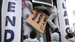 Une agence de la Société générale sur les Champs-Élysées repeinte par