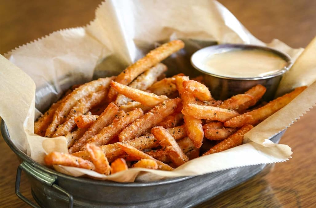 Bar chain to change the name of its 'Crack Fries' - AOL News