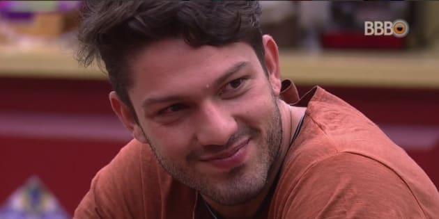 Comerciante de 28 anos revelou episódio de agressão e diz que se arrepende.