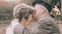 Ce couple pose enfin pour sa photo de mariage, 60 ans après la