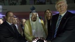 Trump Backs Saudi Leaders During Mass