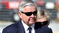 El dueño de las Panteras pone a la venta el equipo, mientras la NFL investiga denuncias de acoso
