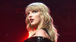 Taylor Swift And Boyfriend Joe Alwyn Pack On The PDA At London