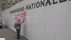 Anciana grafitera de 86 años pinta mensaje subversivo en un