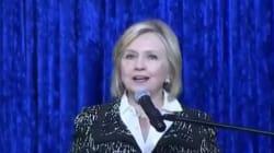 Hillary Clinton, visée par un colis suspect, évoque