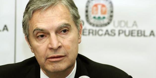 Otorgan licencia a Derbez Bautista para buscar presidencia
