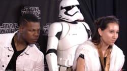 John Boyega Photobombs 'Star Wars' Fans For A Terrific