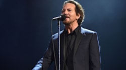 Eddie Vedder And Guns N' Roses Pay Tribute To Chris
