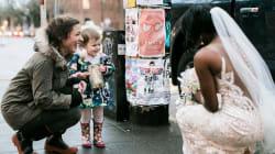 Esta niña de dos años confunde a una novia con la princesa de su libro
