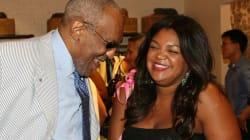 A carta da filha de Bill Cosby em defesa do pai, dizendo que ele 'respeita as