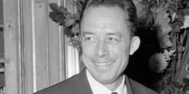 Albert Camus, le 17 octobre 1957, apprenant qu'il vient d'obtenir le Prix Nobel de Littérature / AFP PHOTO / STF