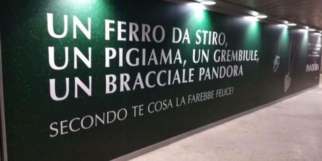 La pubblicità Pandora accusata di sessismo. Le scuse dell'azienda