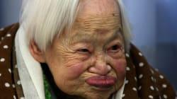 Personas mayores de 100 años comparten sus consejos para vivir mucho