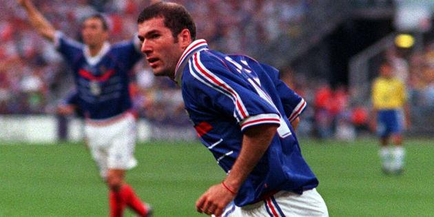 Le maillot de Zinédine Zidane ne sera pas vendu aux enchères