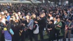 457 guitaristes jouent la même chanson d'AC/DC en même temps (et ça fait beaucoup de