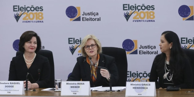 Raquel Dodge, Rosa Weber e Grace Mendonça em coletiva de imprensa sobre eleições 2018.