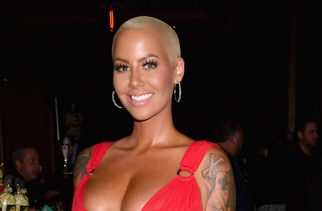 Amber Rose Is Sexy In Red At The 2017 Mtv Movie And Tv Awards - Aol Entertainment-4647