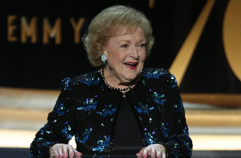 Betty White turns 97, is still 'waiting for Robert Redford ...
