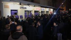 Philippe, Collomb, Valls et Hollande rendent hommage aux victimes des attentats devant